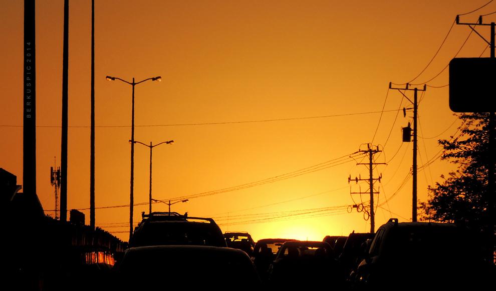 Verkehr_Sonnenuntergang_Costa_Rica