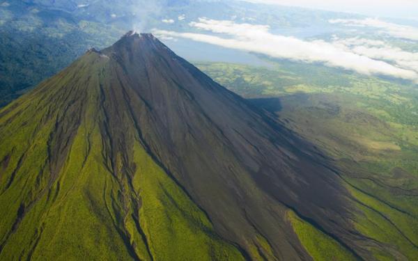 Arenal Vulkan von oben | Foto: Nature Air