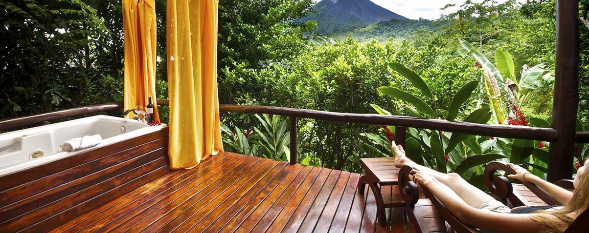 Zimmer mit Sicht zum Vulkan  Foto: Hotel Nayara Spa & Gardens